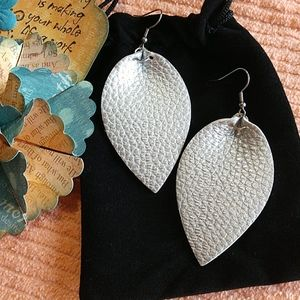 Jewelry - Leather Leaf Earrings Joanna Gaines Style Silver L